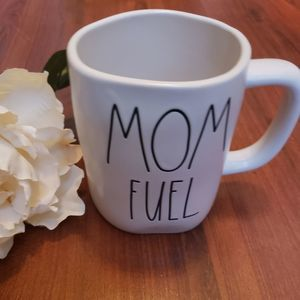 NWT Rae Dunn Mom Fuel Mug